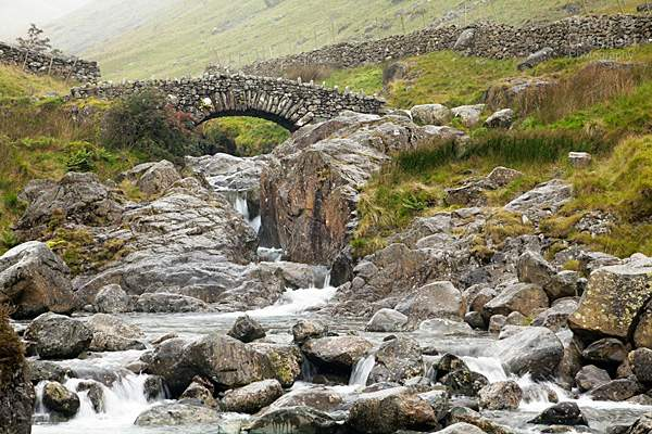 Stockley Bridge over Grains Gill after rain