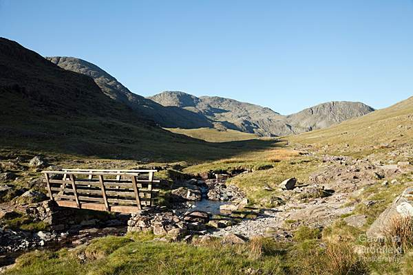 Great End, Broad Crag, Scafell Pike and Lingmell from Styhead Gill and